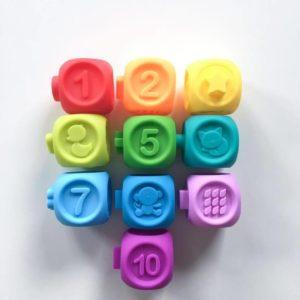 Обложка Радужные кубики
