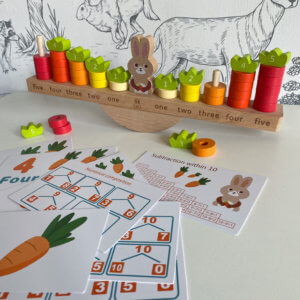 """обложка Детские весы-балансир """"Заяц с морковками"""""""